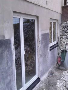 Fenster in hergestellte Öffnungen