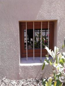 Kellerfenster außen